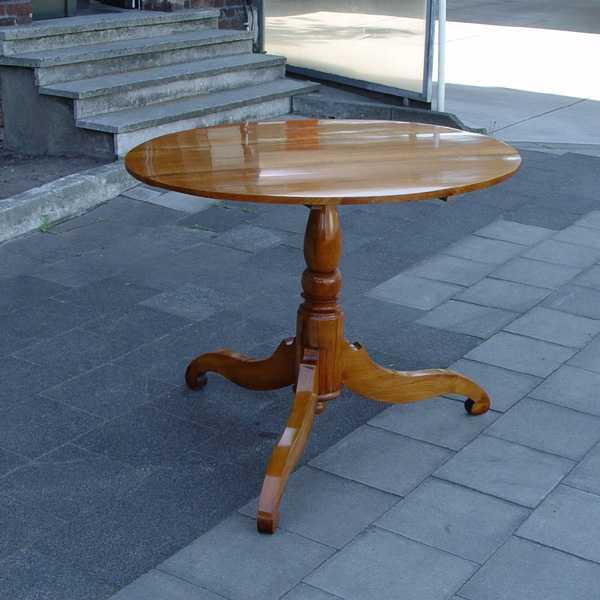 Runder biedermeier tisch in kirschbaum massiv for Tisch kirschbaum